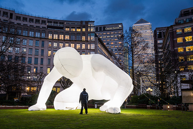 What's That Amanda Parer blowup sculpture